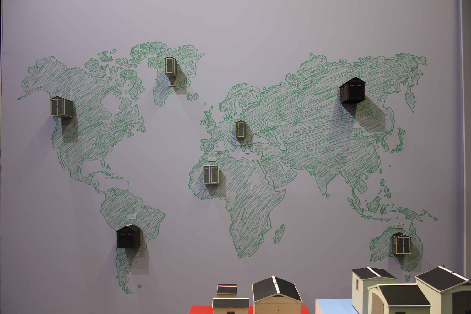 07-worldmap-keter-storage-spoga